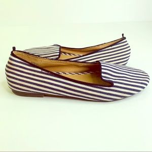 Old Navy Striped Slip On Flats Size 7